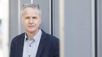 Bernhard Schmidt, parteilos, kandidiert als Dietiker Stadtrat und Stadtpräsident.