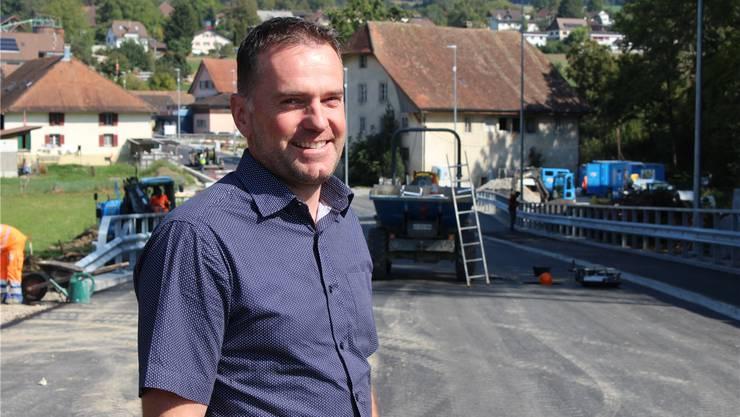 Grossrat Rolf Haller (EDU) ist zufrieden mit der neuen Verbindungsstrasse.