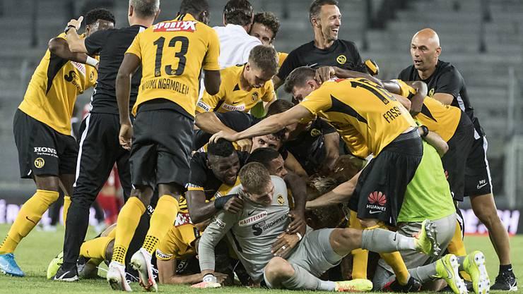 Die Young Boys feiern den dritten Meistertitel in Serie ausgelassen