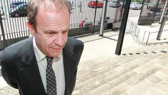 François-Marie Banier am Donnerstag bei der Ankunft vor dem Gericht in Bordeaux. Er wurde zu drei Jahren Haft verurteilt.