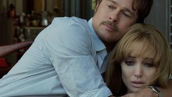 """Nach 10 Jahren und zahlreichen Kindern auch mal wieder gemeinsam vor der Kamera: Brad Pitt und Ehefrau Angelina Jolie spielen in """"By the Sea"""" ein Ehepaar."""
