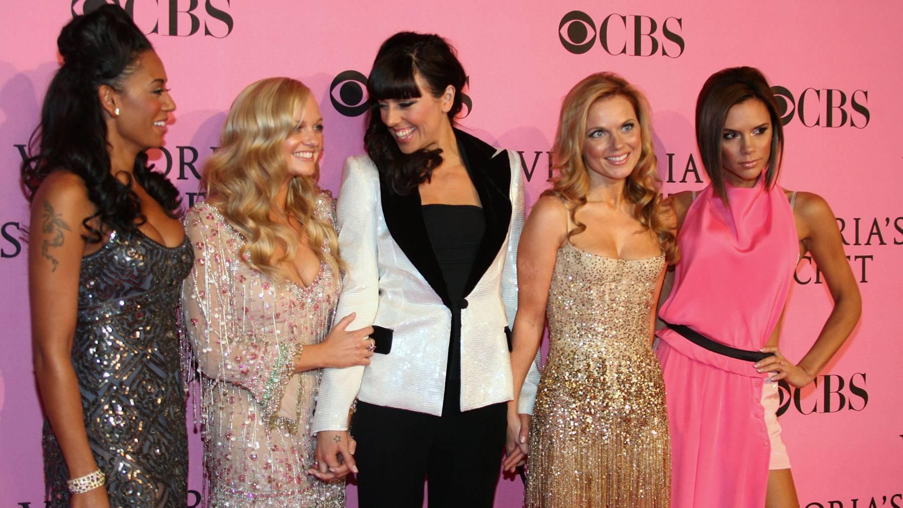 Die Spice Girls sollen bald wieder gemeinsam auf der Bühne stehen.