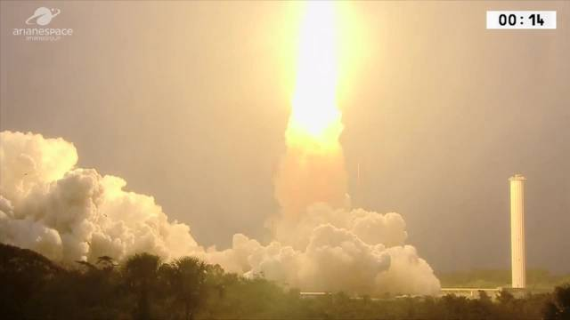 Ariane-Rakete bringt zwei neue Satelliten erfolgreich ins All