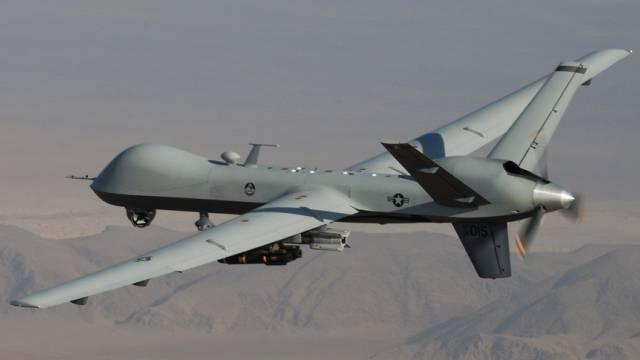 Eine US-Drohne im Einsatz über Südafghanistan (Archiv)