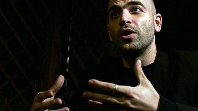 Hat sich bereits mit der Camorra angelegt: Schriftsteller Saviano (Archiv)