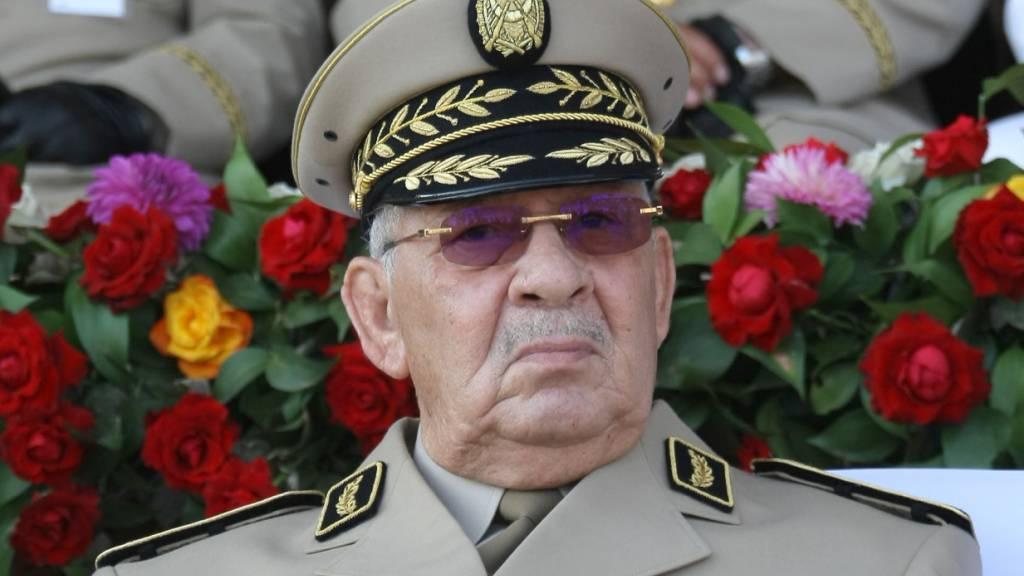 Der algerische Armeechef Ahmed Gaïd Salah will Demonstrationen in der Hauptstadt Algier verhindern. (Archivbild)
