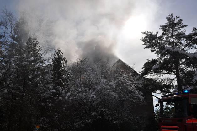 Es wurde eine Brandursachenabklärung vor Ort durchgefhührt.