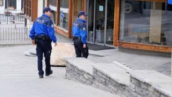 Doch keine Ausgangssperre – dafür gibt es im Wintersportgebiet Verbier verstärkte Polizeikontrollen.