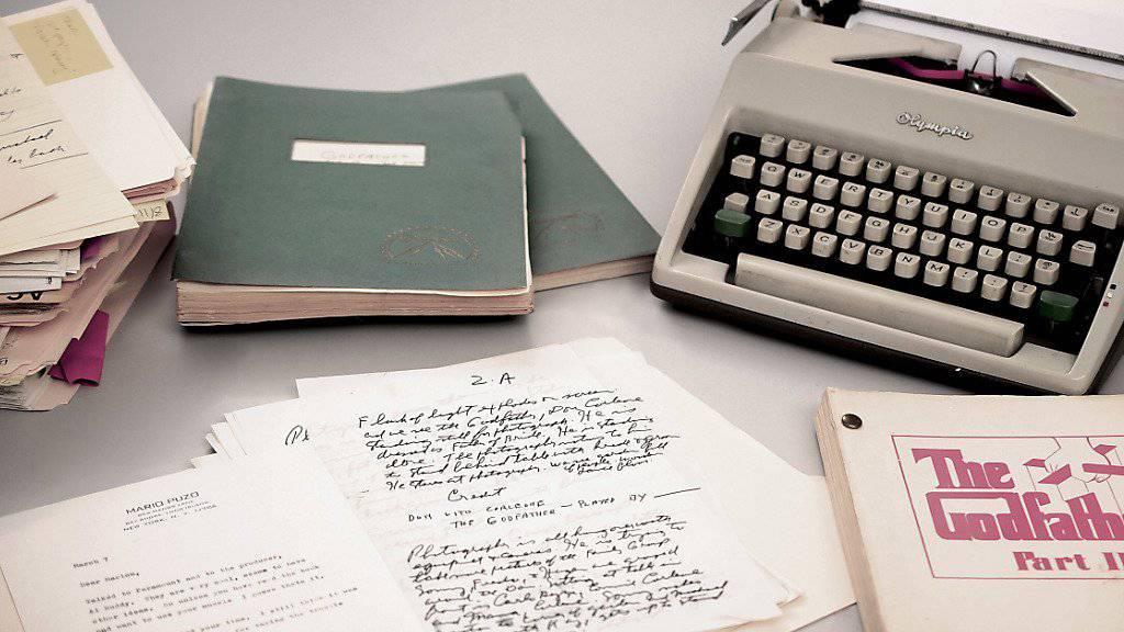 """Zu den versteigerten Objekten zählten die Olympia-Schreibmaschine von Mario Puzo sowie Manuskripte und Drehbuchversionen für das Mafia-Epos """"Der Pate"""". (Archiv)"""