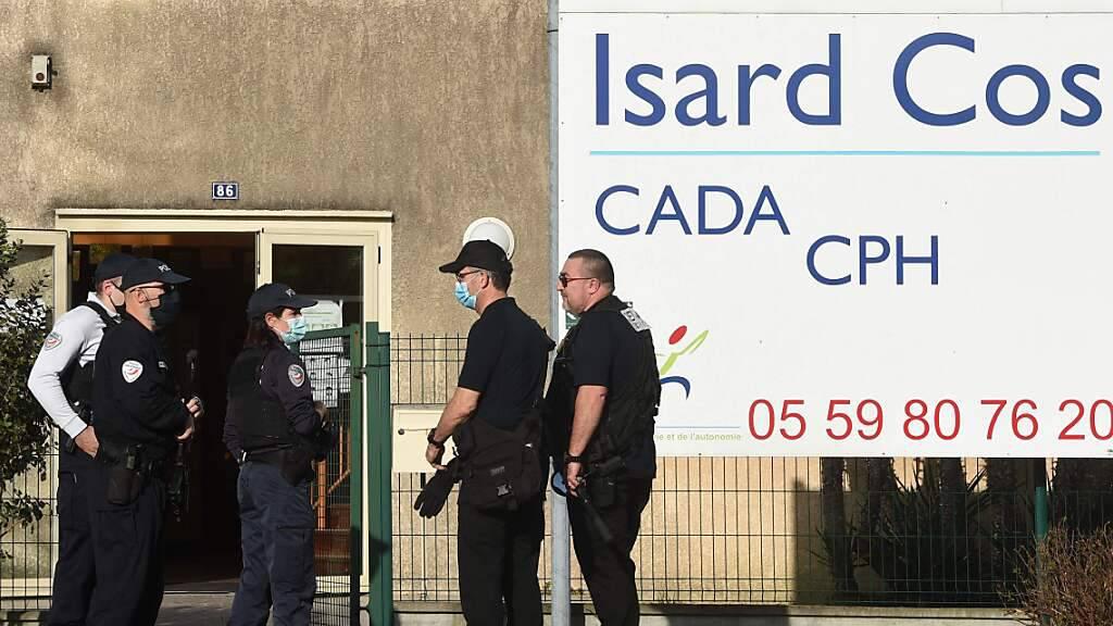 Tötungsdelikt in französischem Flüchtlingsheim - Verdächtiger in Haft