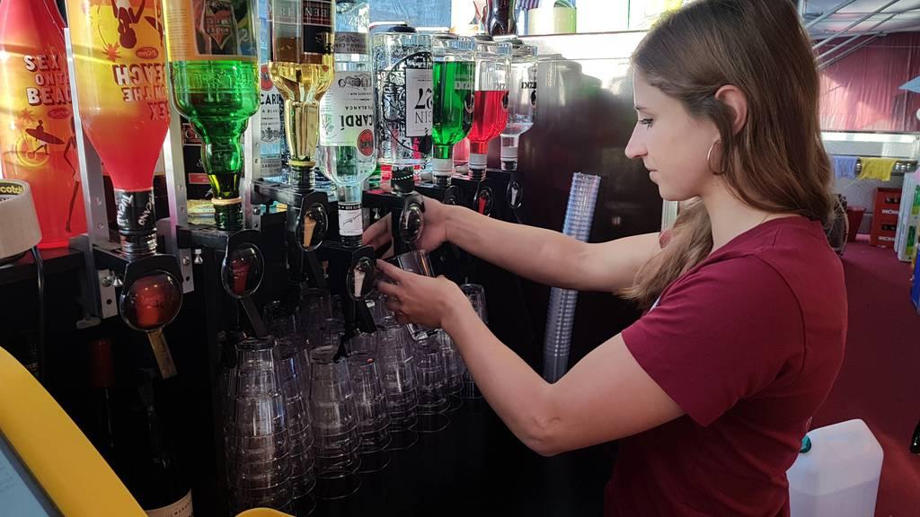 Die Leiden einer Barkeeperin an der Olma
