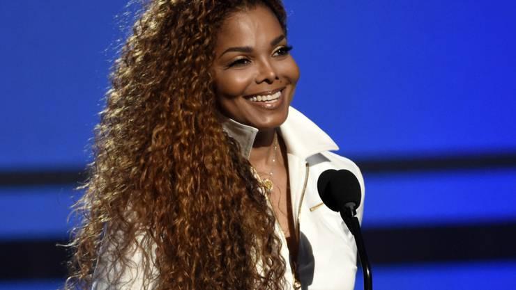 Janet Jackson erholt sich, wovon, will sie nicht sagen: Klar ist nur, dass die Sängerin nicht an Krebs erkrankt ist (Archiv).