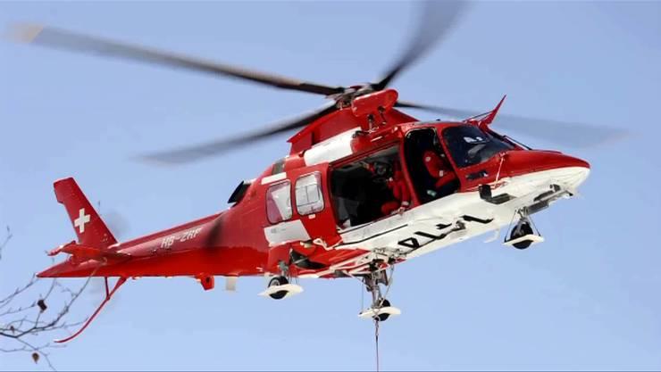 Der Mann musste nach dem Reitunfall mit der Rega ins Spital geflogen werden. (Symbolbild)