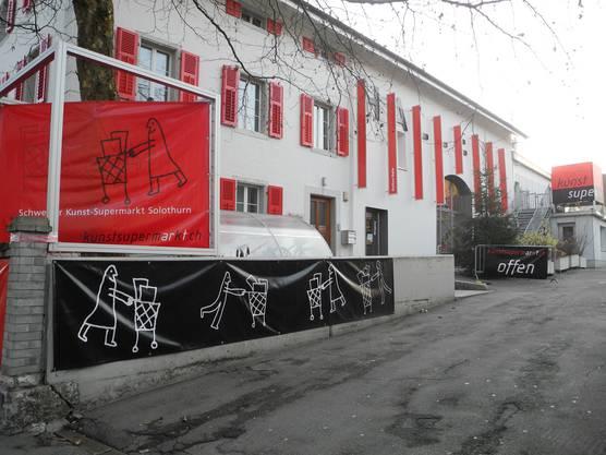 83 Künstler stellen ihre Werke hier im Rothus aus.