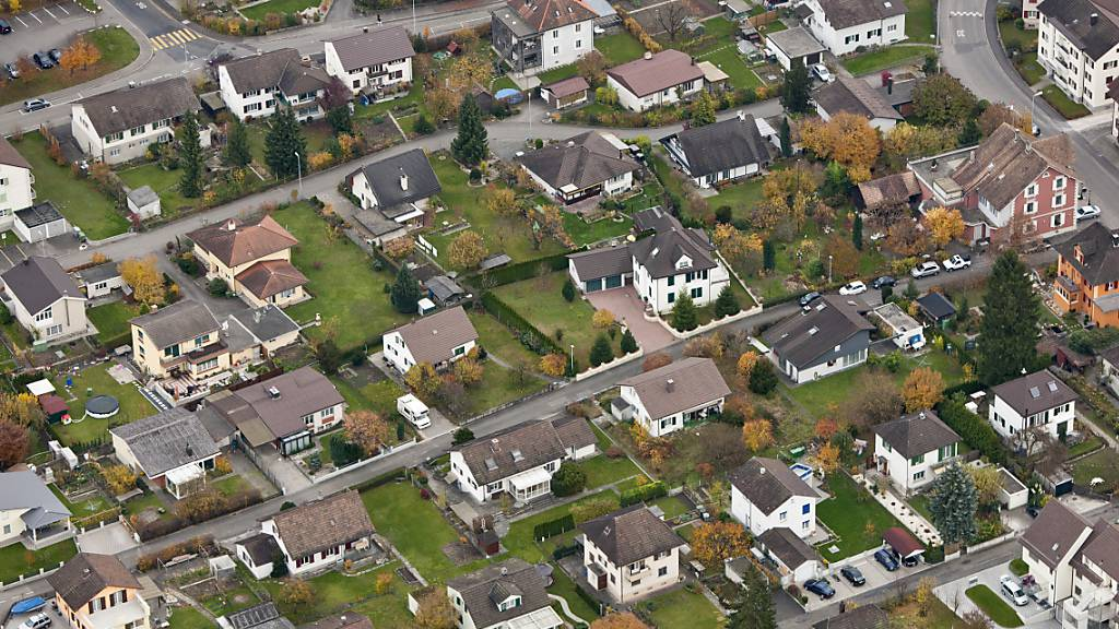 Wohneigentum für viele kaum mehr erschwinglich – Preise steigen