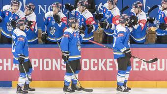 Der EV Zug zieht als zweites Team nach dem SC Bern in die K.o.-Phase der Champions Hockey League ein (Archivbild)