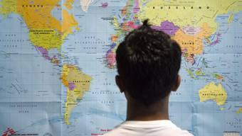 Wegen Corona dürfen höchstens noch drei alleinstehende Asylsuchende zusammen untergebracht werden. (Themenbild)