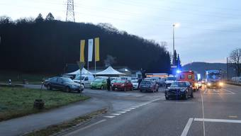 Bei der Oberen Hauensteinstrasse in Bubendorf kollidierten drei Fahrzeuge.