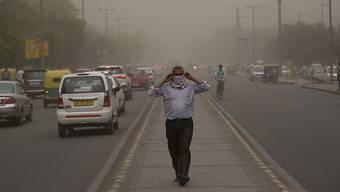 Ausläufer der Sandstürme waren auch in der Hauptstadt Neu Delhi spür- und sichtbar.