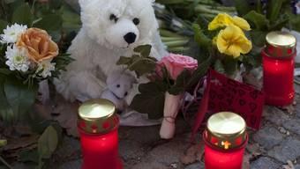 Gedenkstätte für den verstorbenen Eisbär Knut (Archiv)