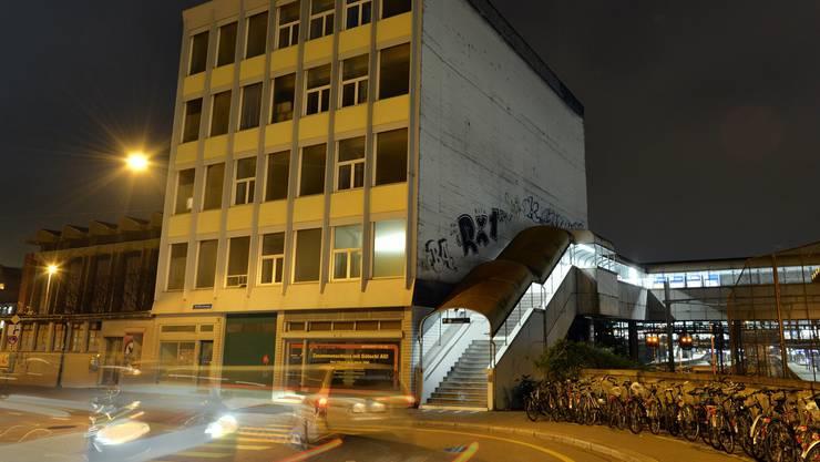 Bald wieder belebt: Das zukünftige Atelierhaus im Gundeli. Juri Junkov