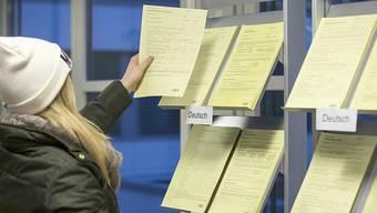 Im Kanton Aargau stagniert die Arbeitslosenquote seit August bei 3,6 Prozent. Die Stellensuche dauert im Durchschnitt mehr als 200 Tage. (Symbolbild)