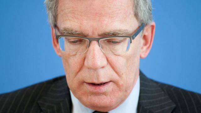 Unter Druck: Verteidigungsminister Thomas de Maiziere (Archiv)
