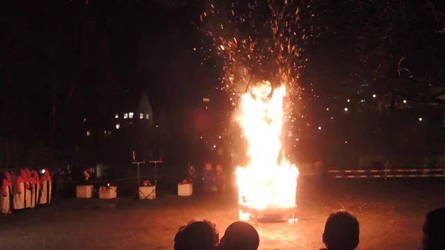 Hieronymus Füdlibürger brennt lichterloh.