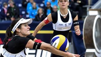 Viertelfinal-Out für Joana Heidrich (links) und Nadine Zumkehr