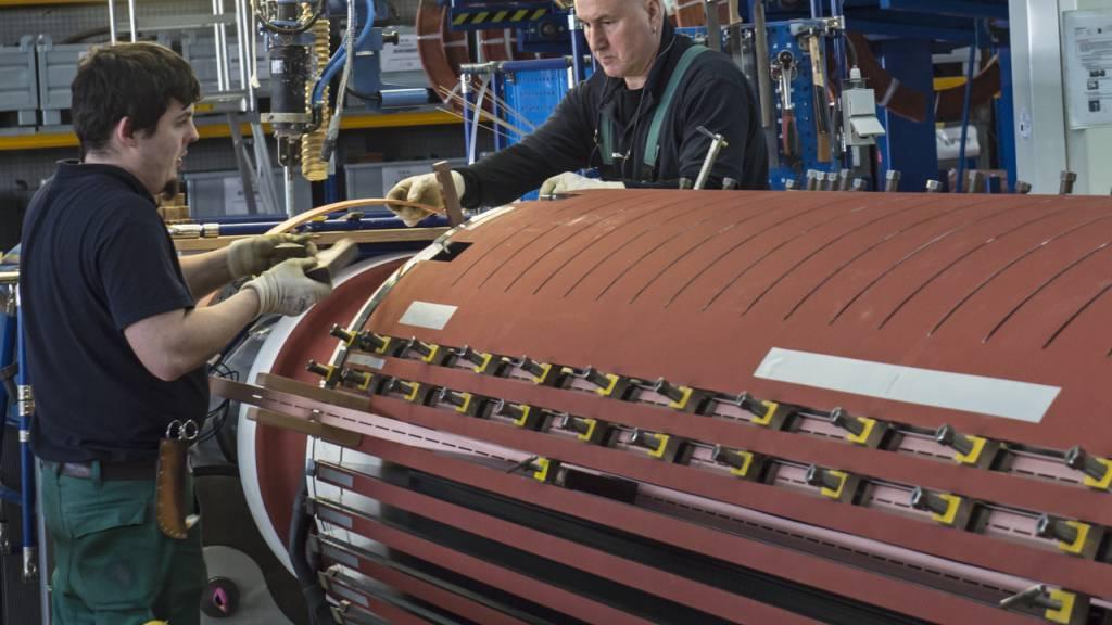 Produktion in Euro-Zone steigt - Schwäche bleibt
