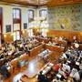 Gemeinderäte erhalten vorübergehend mehr Kompetenzen wegen der Corona-Krise. (Symbolbild)