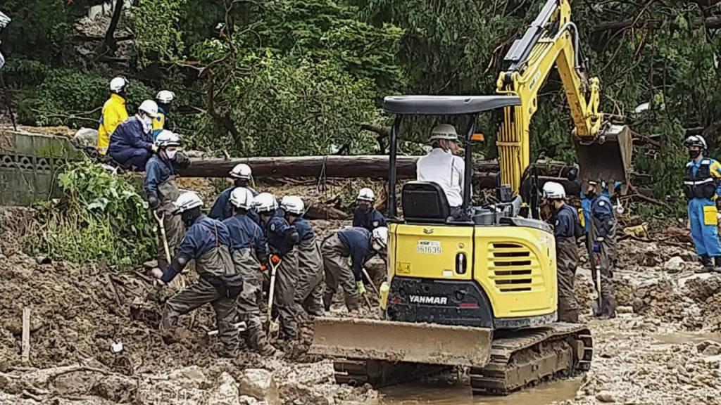 Starke Regenfälle in Japan: Weitere Opfer befürchtet