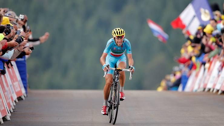 Allein auf weiter Flur: Wer soll Vincenzo Nibali noch am Tour-Sieg hindern? Peter Dejong/KEYSTONE