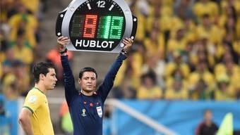 WM-Eröffnungsspiel: Wenn gewechselt wird, dann nur mit der Hublot-Uhr.