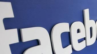Schluss machen via Facebook? Gibt es tatsächlich.