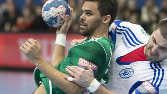 Lukas von Deschwanden (links) war kaum zu stoppen, erzielte neun Treffer für Wacker Thun