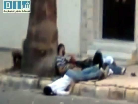 Tote in der syrischen Stadt Homs: Bild eines privaten Videos