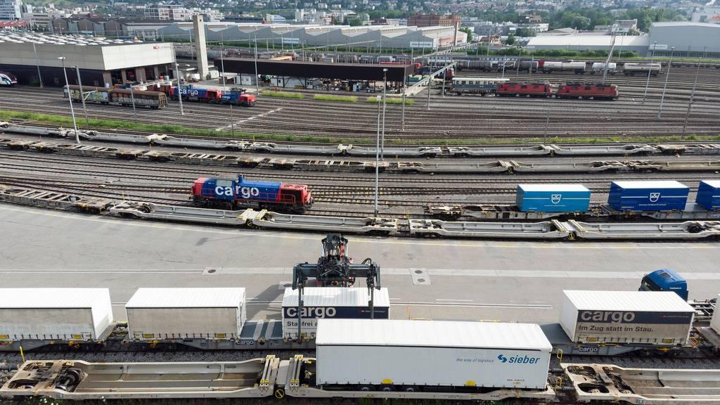 Planzer und Camion-Transport dürfen sich an SBB Cargo beteiligen
