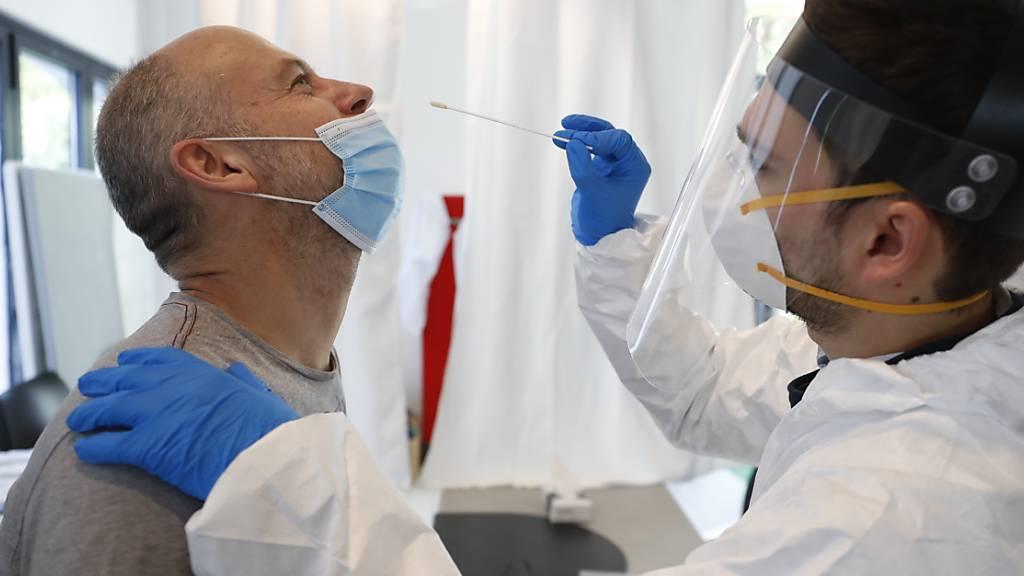 US-Gesundheitsbehörde CDC verkürzt Zeit für Quarantänepflicht