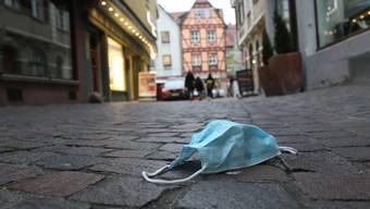 Schwierige Entscheidung: In Deutschland müssen erste Kliniken offenbar Coronapatienten abweisen (Symbolbild).
