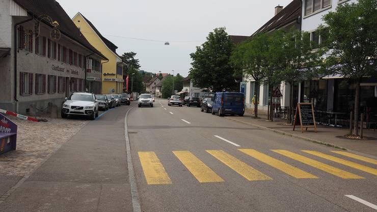 Vorher – nachher: So sieht die Hauptstrasse auf Höhe Bäckerei Kunz und Restaurant Rebstock heute aus ...