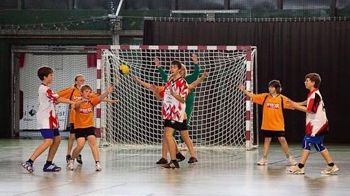 Spieler an einem Handball U13 Turnier in Solothurn.
