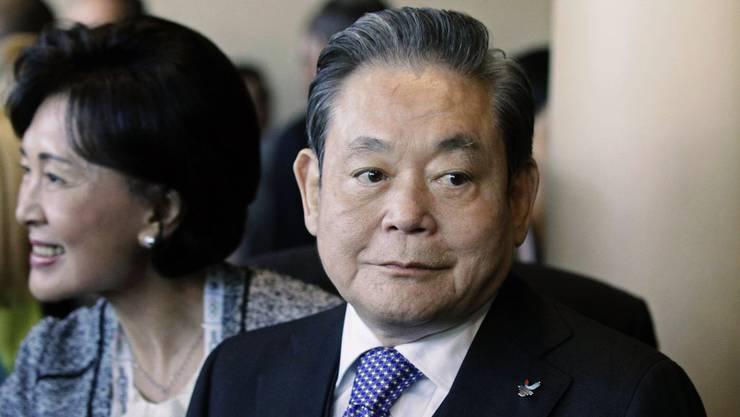 Der Ex-Samsung-Chef Lee Kun Hee ist im Alter von 78 Jahren gestorben.