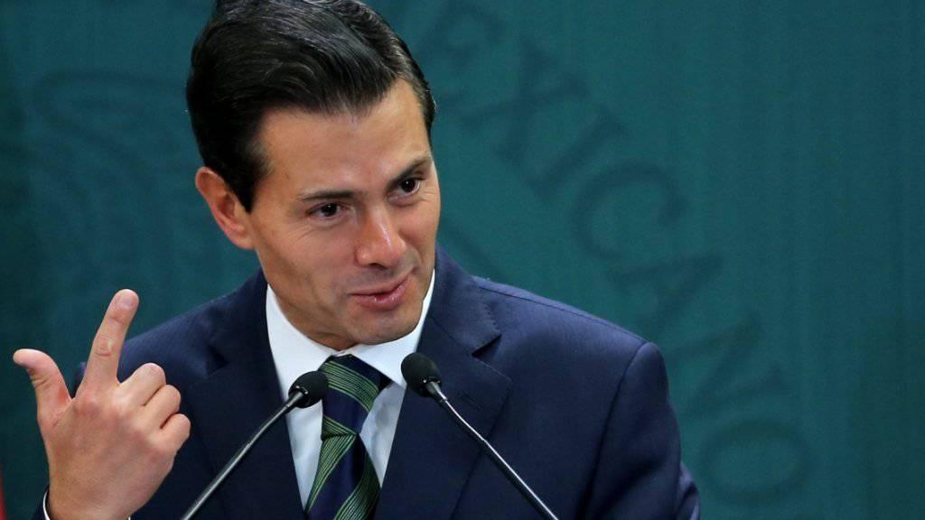Hat genug: Mexikos Präsident Enrique Peña Nieto sagt das geplante Treffen mit dem US-Präsidenten Donald Trump ab. (Archiv)