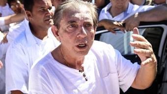Belästigungsvorwürfe: Der per Haftbefehl gesuchte brasilianische Wunderheiler João Teixeira de Faria hat sich der Justiz gestellt. (Archivbild)