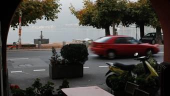 Blick auf die Uferstrasse im Dorfkern von Bissone (Symbolbild)