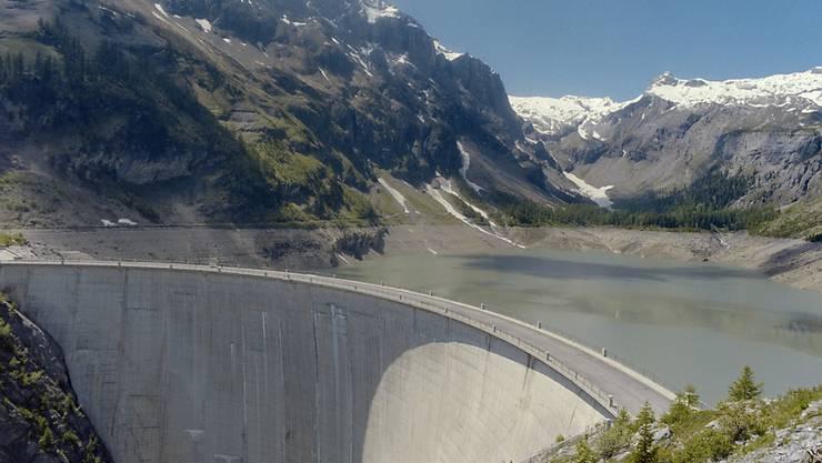 Das Parlament hat entschieden, den maximalen Wasserzins bei 110 Franken zu belassen. (Archivbild)