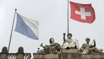 Im Kanton Zürich wird heute der Regierungsrat und das Kantonsparlament neu gewählt.