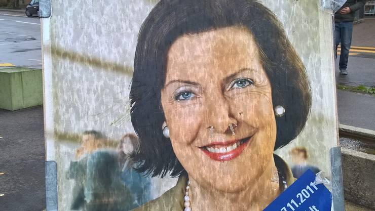 Dieses alte Wahlplakat ist in Niederrohrdorf zu sehen.