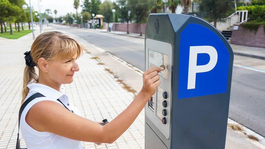 In Lustenau muss künftig fürs Parkieren bezahlt werden.
